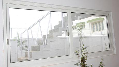 ventanas pvc abatibles o practicables zaragoza huesca y